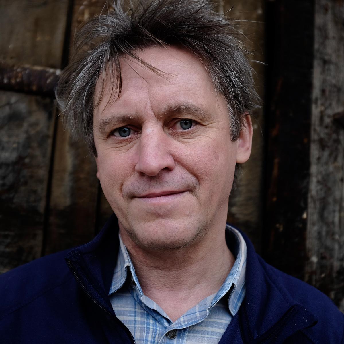 """""""Az írók csak a könyvekben mondanak igazat"""" – interjú Háy Jánossal"""